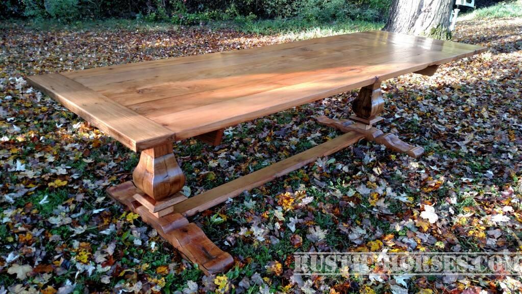 Oct 13 Queens table